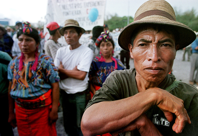 guatemalan-native-protest-columbus-day